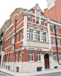 Thumbnail 1 bed flat to rent in Tudor Street, Blackfriars