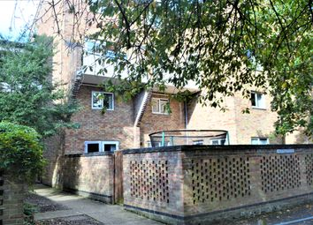 Thumbnail 2 bedroom maisonette for sale in Sackville Close, Cambridge