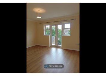Thumbnail 3 bed flat to rent in Waterside Court, London