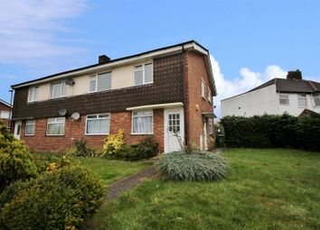 2 bed maisonette to rent in Millbrook Avenue, Welling DA16
