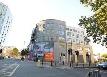 Thumbnail 3 bedroom flat to rent in Meridian Point, Creek Road, Greenwich