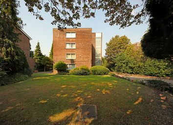 Thumbnail 5 bed flat for sale in Hillcrest Road, London
