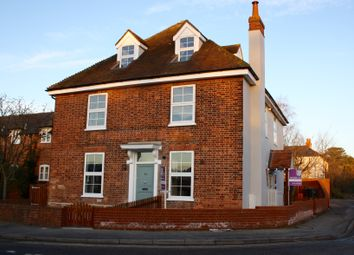Thumbnail 1 bed flat to rent in Sloane Close, Goring, Reading