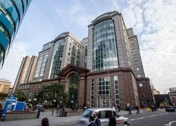 Serviced office to let in St Botolph Street, London EC3A