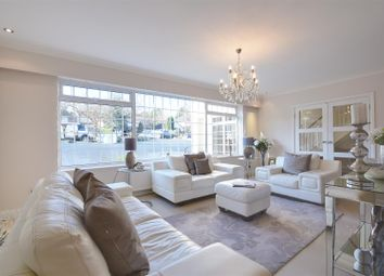 Thumbnail 5 bed detached house for sale in Broadgates Avenue, Hadley Wood