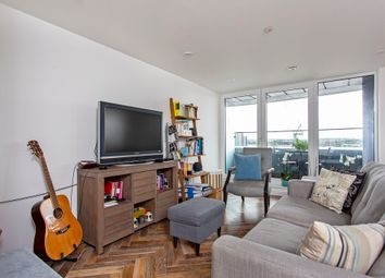 Thumbnail 2 bedroom flat for sale in 161 City Road, London