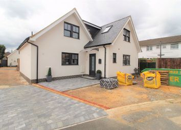 Thumbnail 3 bed detached house for sale in Hardy Road, Hemel Hempstead Industrial Estate, Hemel Hempstead