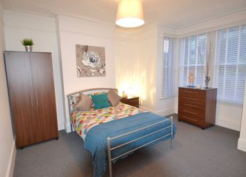 Thumbnail Room to rent in Catford Hill, London