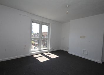 Thumbnail 3 bedroom maisonette to rent in Stanway Street, Hoxton, London