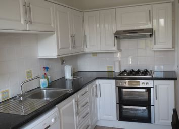 Thumbnail 2 bed flat to rent in The Broadway, Hatfield