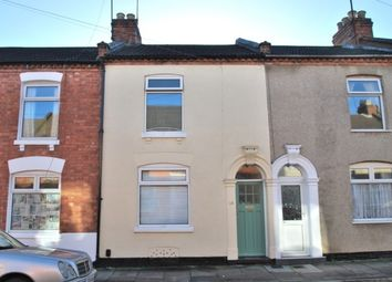 Thumbnail 2 bedroom property to rent in Alcombe Road, Town Centre