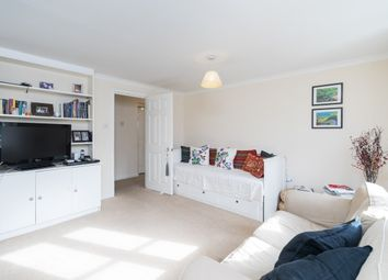 Thumbnail 2 bed flat to rent in Crofton Avenue, Grove Park