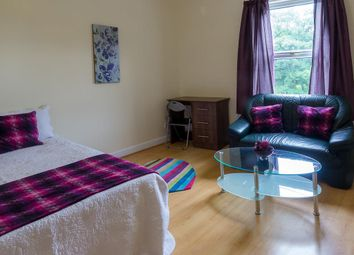 Thumbnail 1 bed flat to rent in Flat 3, 3 Moor View, Hyde Park