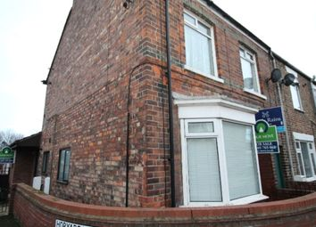 Thumbnail 2 bedroom flat for sale in Flatgate, Howden, Goole