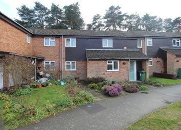 Thumbnail 2 bed property to rent in Oldstead, Bracknell