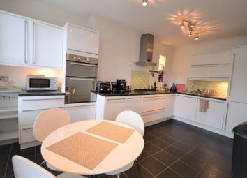 Thumbnail 2 bed flat to rent in Morley Road, Lewisham