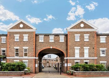 Thumbnail 1 bed flat for sale in Salisbury Place, Oval