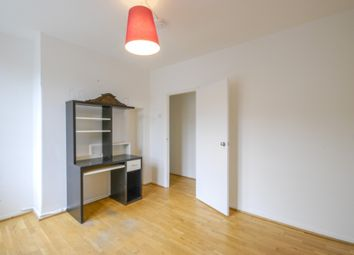 Thumbnail 4 bed flat to rent in Stanton House, Thames Street, London