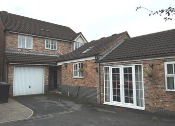 Thumbnail 5 bed detached house for sale in Mead Way, Leeds