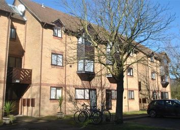 Thumbnail 1 bed flat to rent in Hawkshill, St Albans