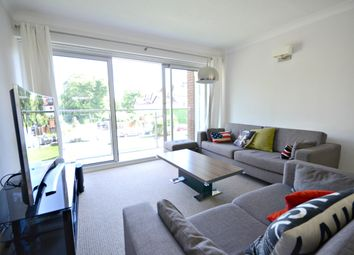 Thumbnail 2 bedroom flat to rent in Grosvenor Drive, Maidenhead