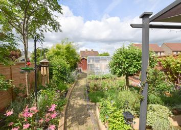 Thumbnail 3 bed semi-detached house for sale in Cricklade Road, Swindon, Wiltshire