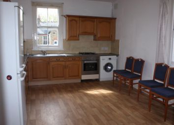 Thumbnail 4 bed flat to rent in Temple Road, Ealing, London