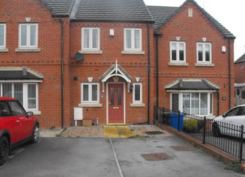 Thumbnail 2 bed town house to rent in Chatsworth Court, Staveley, Chesterfield