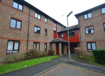 1 bed flat to rent in Oakside Court, Horley RH6