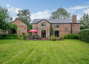 Halghton Lane, Halghton, Bangor-On-Dee, Wrexham LL13. 4 bed detached house