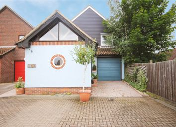 Thumbnail 4 bed detached house for sale in Roxwell Avenue, Chelmsford