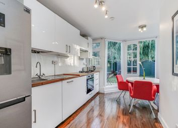 2 bed maisonette for sale in Cleveley Crescent, Ealing W5
