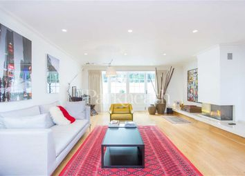 Thumbnail 4 bed flat to rent in Lyndhurst Road, Hampstead, London