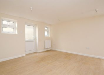 Thumbnail 3 bed flat to rent in Chatsworth Road, Hackney