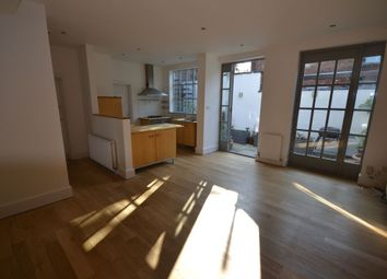 Thumbnail 2 bed property to rent in Clarendon Park Road, Clarendon Park, Leicester