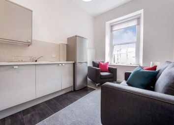 Thumbnail 3 bed flat to rent in Bath Street, City Centre, Glasgow