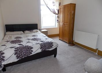 Thumbnail 1 bed flat to rent in Park Street, Cleethorpes