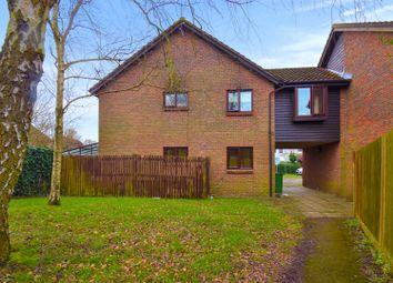 3 bed property for sale in Grassmere, Horley RH6