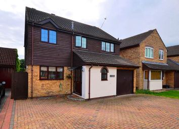 Thumbnail 4 bed detached house to rent in Turnstone Close, Winnersh, Wokingham