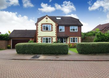 Thumbnail 6 bed detached house for sale in Nymans Close, Horsham
