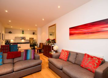 Thumbnail 2 bed flat to rent in Clapham Common South Side, Clapham South
