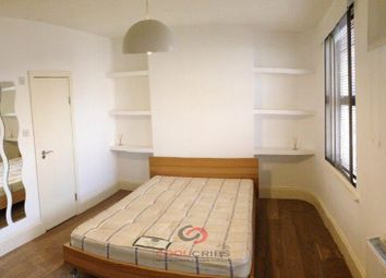 Thumbnail 1 bedroom flat to rent in Old Street, Old Street, Ec1.