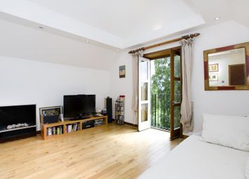 Thumbnail 3 bed flat to rent in Ferncroft Avenue, London