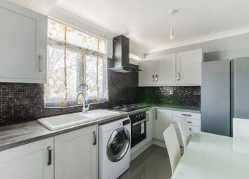 4 bed flat to rent in Friary Road, Peckham, London SE151Qt SE15