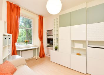 Thumbnail 1 bed flat for sale in 25 Balcarres Street, Edinburgh