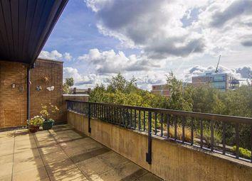 North Row, Central Milton Keynes, Milton Keynes MK9. 2 bed flat for sale