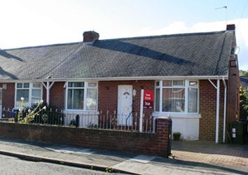 Thumbnail 2 bed bungalow to rent in Whinneyfield Road, Walkergate, Newcastle Upon Tyne