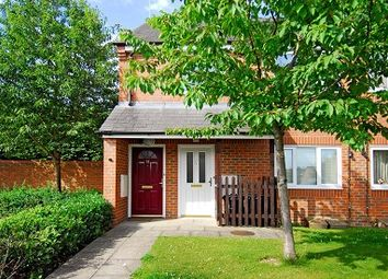 Thumbnail 1 bed flat to rent in Beechcroft Road, Chesham