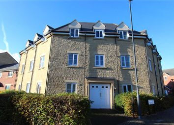 2 bed flat to rent in Eyre Close, Haydon End, Swindon, Wiltshire SN25