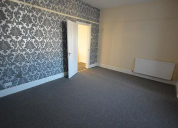 3 bed maisonette to rent in High Street North, East Ham, London E6